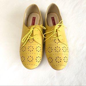B.A.I.T. Yellow Flats